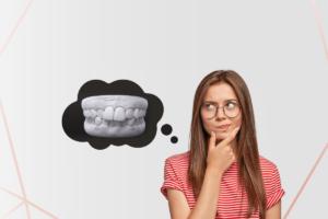 Read more about the article Dentes Apinhados ou Encavalados – O que é, Causas, Porque e como Tratar com Invisalign