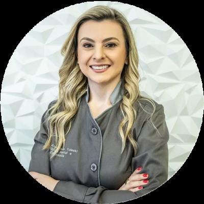 Dra. Ana Paula Tuleski - InvisalignTop Doctor Diamond